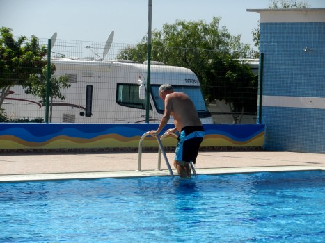 Ett dopp i poolen