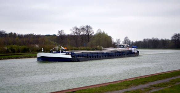 Pråm på Elbe