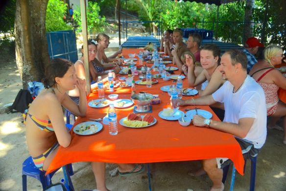 Lunch på Paradisön