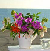 Kopp med blommor