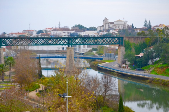 Bro över vatten1