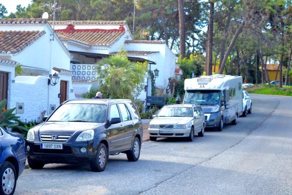 Husbilen utanför Casan